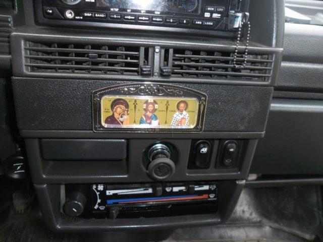Иконы в машине