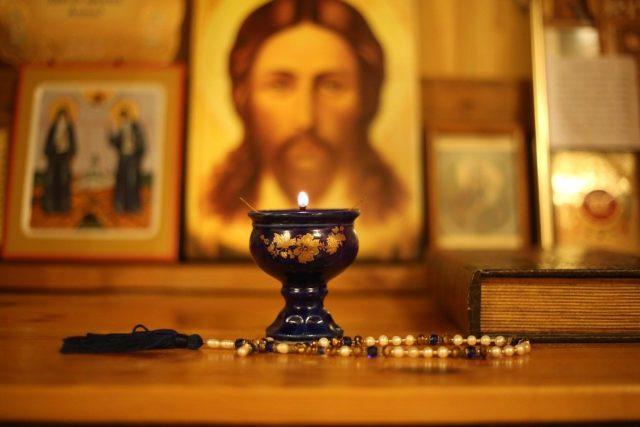 Молитва от сильного проклятия и порчи